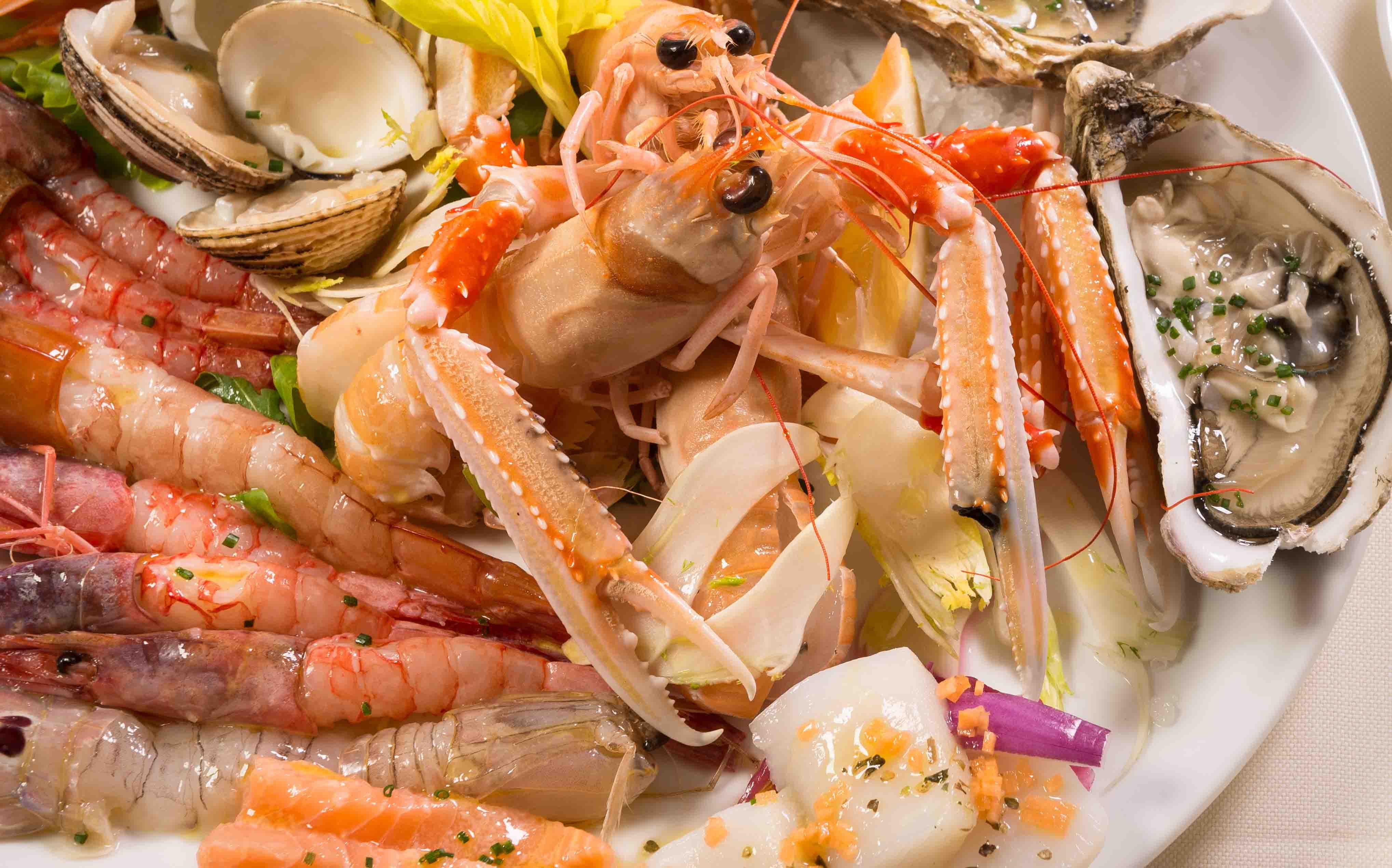 crudites-pesce-ristorante-filippino-lipari.jpg