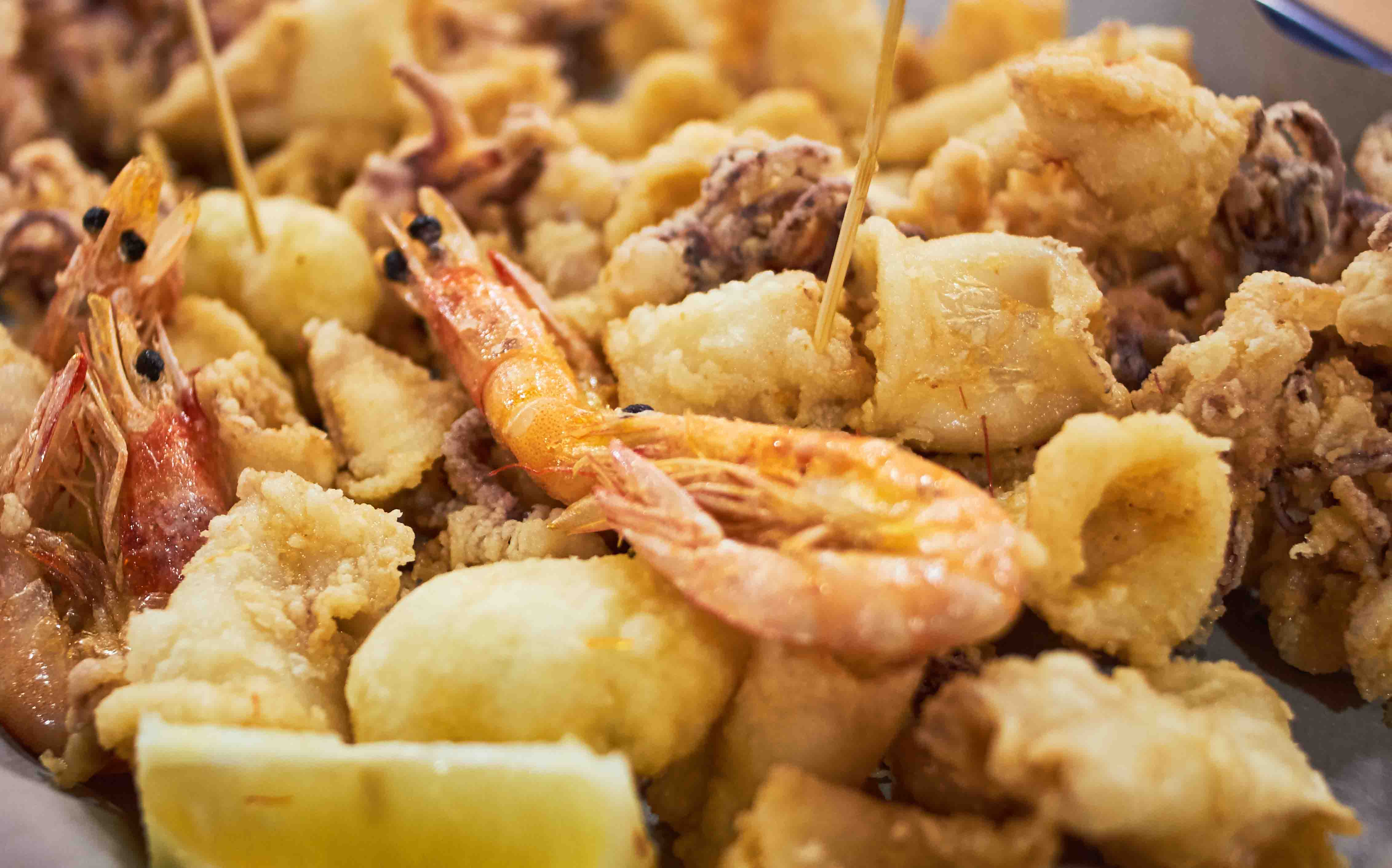 fritto-misto-isole-eolie-ristorante-filippino-lipari.jpg