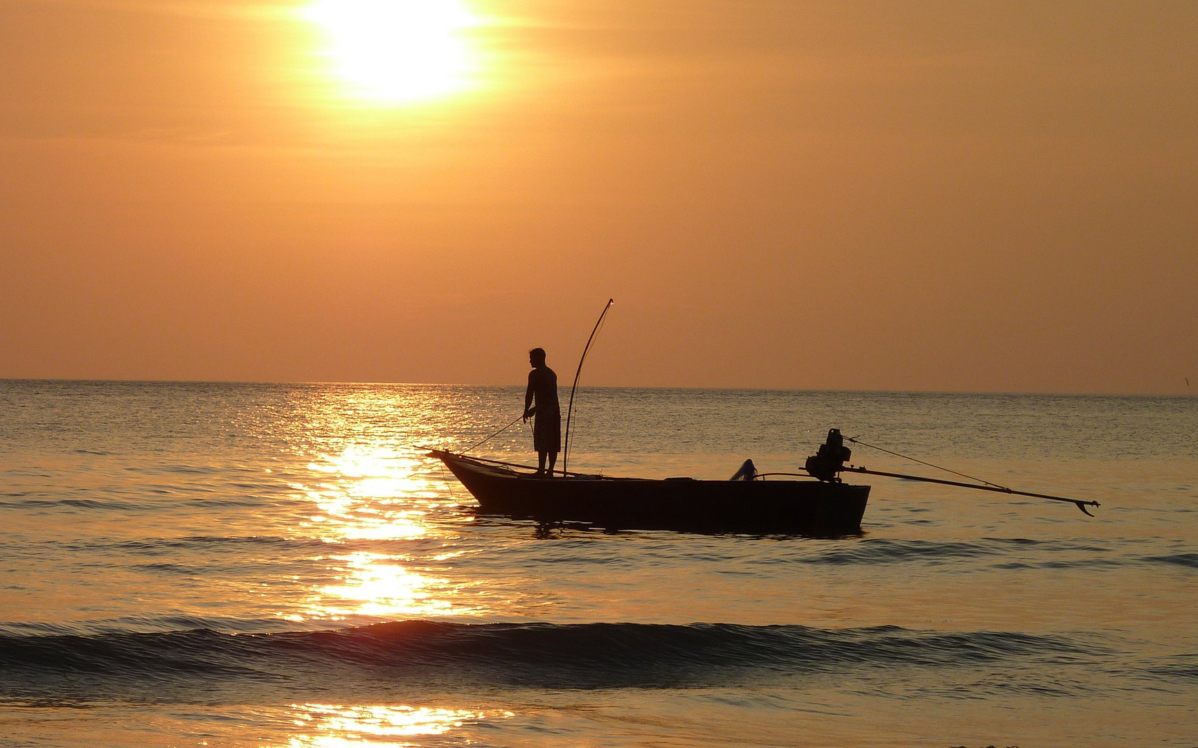 pesca-totano-rosso-ristorante-filippino-lipari