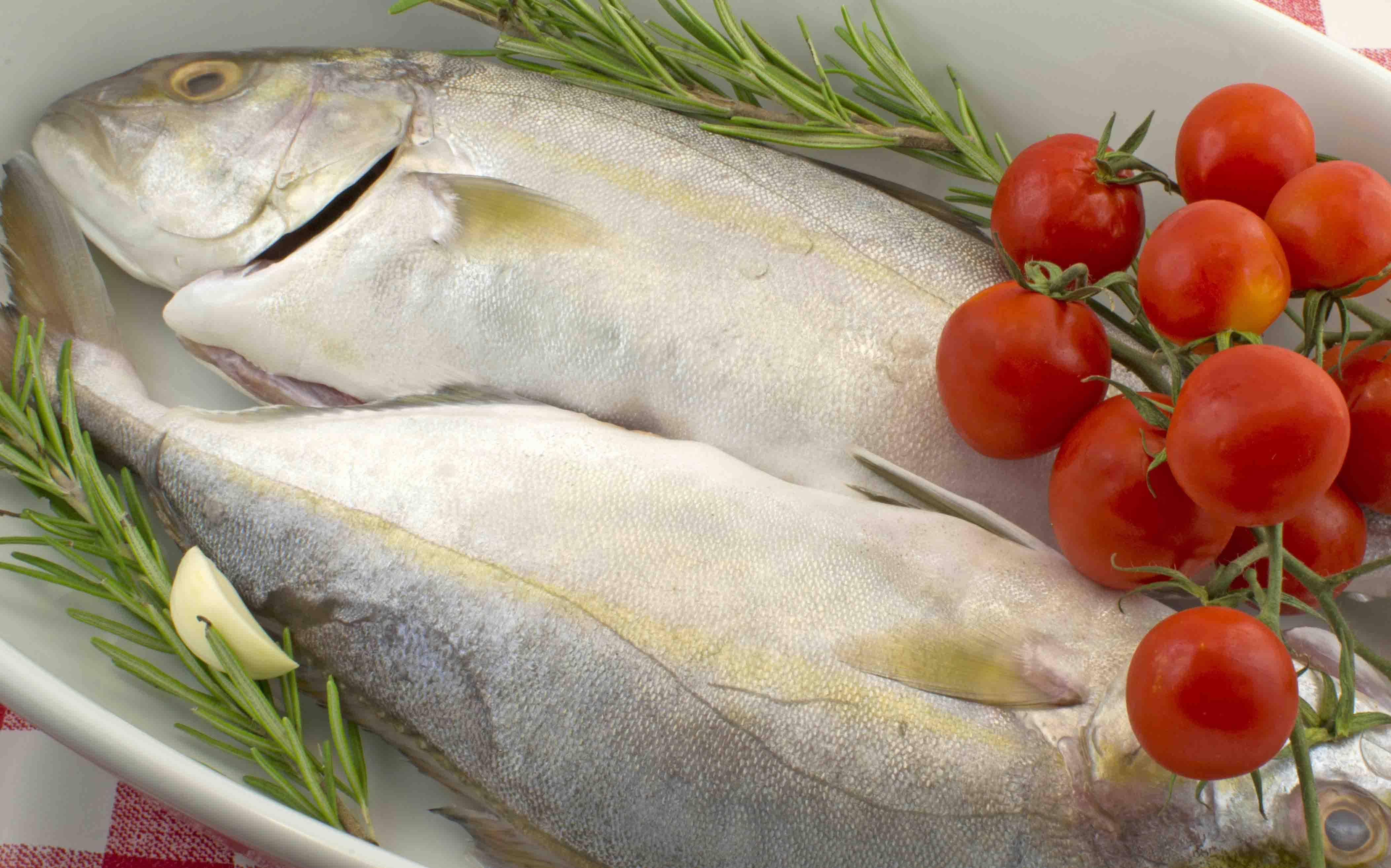 ricciola-pesce-ristorante-filippino-lipari.jpg